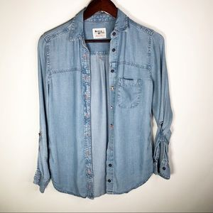 Holding Horses Chambray Button Down Shirt XS